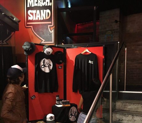 Pop Up Merchandising Display for Bands